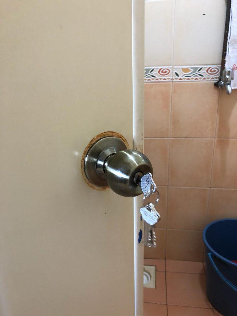 Replacement 2 Toilets PVC Door Lock In Woodlands Area